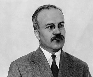 molotov_vyacheslav_mixajlovich_biografiya