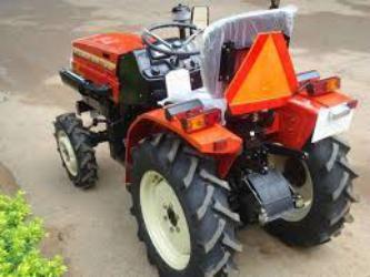 proizvodstvo_traktorov_v_nizhnem_novgorode_odnoj_semyoj